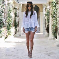 50 Pretty Denim Short Outfit Ideas For Simple Women Style - Artbrid - Summer Fashion For Teens, Summer Fashion Trends, Summer Fashion Outfits, Short Outfits, Chic Outfits, Spring Summer Fashion, Travel Outfits, Outfit Summer, Style Summer