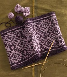 Ravelry: Reversible Fair Isle Cowl pattern by Mary Ann Stephens