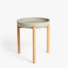 Image 1 of the product CEMENT TABLE WITH WOODEN LEGS