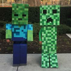 Minecraft Zombie and Creeper Costumes - Costume Yeti Girl Zombie Costume, Black Cat Halloween Costume, Homemade Halloween Costumes, Halloween Crafts For Kids, Family Halloween Costumes, Halloween Fun, Halloween Couples, Group Costumes, Diy Costumes