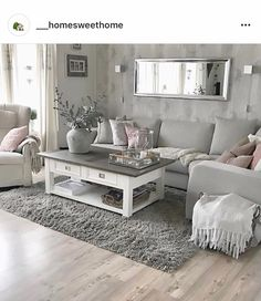 ✨Lørdag ✨ha en fin en🌸😊 ~~~~~~~~~~~~~~~~~~~~~~~~~~~~~~~~~~~~~✨Saturday ✨ have a good one 🌸 😊 Cozy Living Rooms, Living Room Grey, Home Living Room, Living Room Decor Styles, Living Room Designs, Interiores Shabby Chic, Pinterest Home, Home Room Design, Home Furnishings