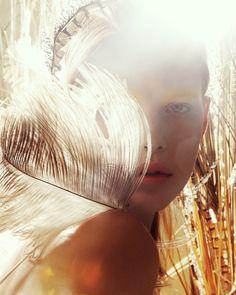 Bekah @vogueturkiye photo @jamienelson6 makeup @lotstar hair @ryannyc #beautyarchive styling @jamesrosenthal @jennifer.fein set @artandset…