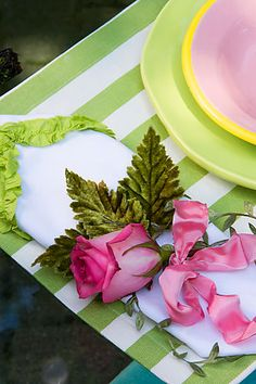 Place Setting ~ Pink & Green