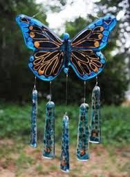 Windchime - Blue and Gold Fused Glass Butterfly Stained Glass Crafts, Fused Glass Art, Stained Glass Patterns, Butterfly Wind Chime, Glass Butterfly, Glass Wind Chimes, Diy Wind Chimes, Glass Fusion Ideas, Glass Art Pictures