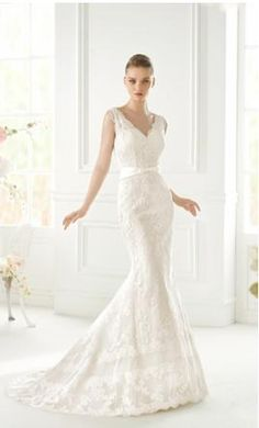 Pronovias Gladys by Avenue Diagonal 8: buy this dress for a fraction of the salon price on PreOwnedWeddingDresses.com #wedding  #mybigday