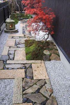 Japanese Garden Landscape, Small Japanese Garden, Japanese Garden Design, Japanese Gardens, Japanese Garden Backyard, Japanese Style House, Tropical Garden, Asian Garden, Small Backyard Landscaping