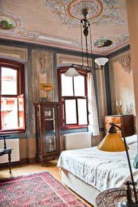 Airbnb'deki bu harika kayda göz atın: İstanbul şehrindeki 2 Bedroom in Taksim/Istanbul