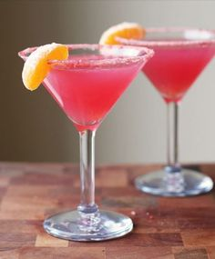 Yummy mocktails for non-boozy (but very cool) wedding drink alternatives | Offbeat Bride