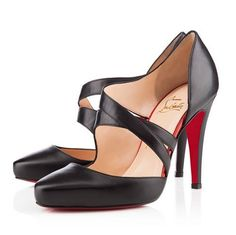 Amazing with this fashion pumps! get it for 2016 Fashion Christian Louboutin Pumps for you! Cute Shoes, Me Too Shoes, Christian Louboutin Sale, Zapatos Shoes, Walk This Way, Dream Shoes, Black Sandals, Christian Louboutin Shoes