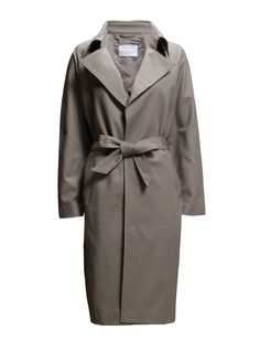 DAY - 2ND Yang Two side pockets Back slit Button cuffs Oversized lapel and collar Self-tie waist Casual elegance Elegant and feminine Excellent quality and fit Functional Coat Jacket
