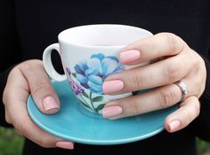 Take a look at the exciting range of Evo Gel colours and expand your kit with the latest collection of the vegan, cruelty-free nail gel. Bio Sculpture Nails, Nail Jewelry, Gel Color, Evo, Nails Inspiration, Nail Ideas, Gel Nails, Fashion Beauty, Nude