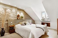 Vicky's Home: Atico con paredes de ladrillo/ Penthouse with brick walls