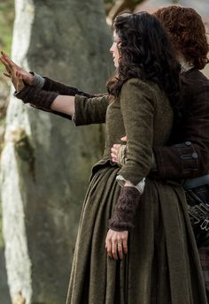 """dragonfly in amber"" Outlander Knitting, Outlander Season 2, Outlander Tv Series, Diana Gabaldon, Fangirl, Jaime Fraser, Dragonfly In Amber, Sam Heughan Outlander, Jamie And Claire"