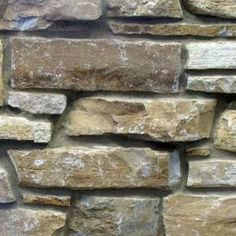 Chilton rustic no reds limestone natural stone veneer swatch