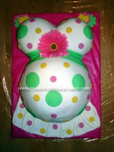 Homemade Baby Belly Cake: This Baby Belly Cake was my first attempt at a belly cake and my first experience with marshmallow fondant. I used stainless steel mixing bowls to bake