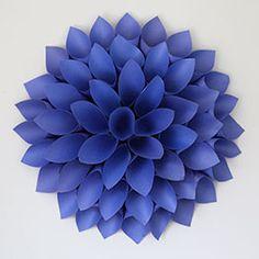 Value Seekers Club: Dahlia Paper Wreath