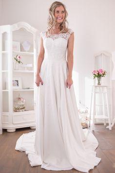 Hochzeitskleider & Vintage Brautmoden | Sanna Lindström
