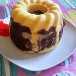 Marble cake steam baked in the Thermomix Varoma (yes really! Chocolate And Vanilla Cake, Vanilla Cake Mixes, Marble Cake, Food Names, Vanilla Essence, Recipe Search, Bon Appetit, Doughnut, Baking