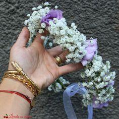 #coronita #flori #madewithjoy #paulamoldovan #livadacuvisini #details #detailsmakethedifference #flowers #reasontosmile #happyflorist #floraldesign #bucuresti #bucharest Reasons To Smile, Bucharest, Weeding, Floral Design, Wedding Dresses, Flowers, Jewelry, Decor, Crowns