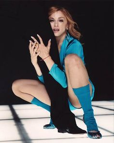 Madonna Looks, Madonna 80s, Divas Pop, Madonna Pictures, Guys And Dolls, Little Sisters, Confessions, Female Models, The Incredibles