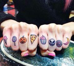 #fingertattoo #handtattoo  #tattoo #tattooed #ink #inked #tattoosofintagram #instatattoo #tattoolove #inkedandproud #inkart #tattooart #tattoolife #tattoolove #tattoopassion #tattooinspiration #tattocommunity #skinart #bodyart #bodymodification #tattooblogger #lamoglietatuata #thetattooedwife