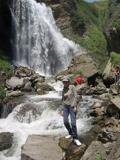 Tour Guides :: Lilit Serobyan - Yerevan, Armenia GuidesFinder connects travelers with local tour guides! Yerevan Armenia, Local Tour, Tour Guide, Trips, Travel, Outdoor, Traveling, Viajes, Viajes
