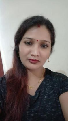 Anamika Singh's vide Beautiful Girl In India, Beautiful Women Over 40, Beautiful Blonde Girl, Most Beautiful Indian Actress, Indian Natural Beauty, Indian Beauty Saree, Arabian Beauty Women, Girl Number For Friendship, Hot Blonde Girls