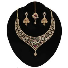 Cubic Zircon Diamonds Bridal Indian Bollywood Wedding Designer Topaz and Clear Crystal Jewelry for Women. High Quality Cubic Zircon jewellery necklace comes with matching jhumka Earrings and Tikka/Headpiece. Mens Gold Jewelry, Silver Jewellery Indian, Indian Wedding Jewelry, Gold Jewellery Design, Fashion Necklace, Fashion Jewelry, Cubic Zirconia Wedding Rings, Indian Necklace, Bridal Jewelry Sets