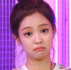 New Memes Kpop Weird Ideas Memes Do Blackpink, Memes Funny Faces, Funny Kpop Memes, Cute Memes, New Memes, Kim Jennie, K Pop, Blackpink Funny, Twitter Icon