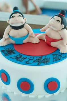 I have decided that Harris's 1st birthday party will be in honor of his fabulous rolls.  Sumo Party!