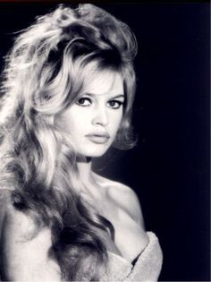 Hollywood cocktails: The Brigitte Bardot  Brigitte Bardot: Mussed Up Blonde  Perhaps the ultimate French bombshell, Bardot's touselled blonde locks combined with smudgy black eyeliner are one of the most famous sex symbol looks of the 50s and 60s.