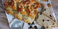 Štedrá vianočka - Powered by Cheesesteak, Christmas Cookies, Doughnut, Healthy Recipes, Healthy Food, Bread, Baking, Fit, Ethnic Recipes