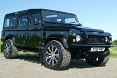 Land Rover Defender 2.2 TDci Icon Sport Wagon - Land Rover Defender Icon