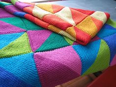 Ravelry: Knitted Triangle Sampler Afghan pattern by Karen Baumer Easy Blanket Knitting Patterns, Knitted Afghans, Easy Knitting, Knitted Blankets, Knitting Stitches, Sewing Projects For Beginners, Knitting Projects, Knitting Blocking, Tunisian Crochet