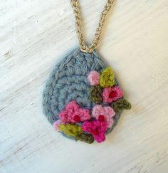 """meekssandygirl"" one of my favourite crochet artists. http://www.ravelry.com/projects/meekssandygirl"