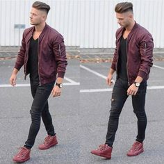 Casual style for men. Denim jeans and blue shirt combo. Streetwear, Casual Outfits, Men Casual, Fashion Outfits, Fashion Ideas, Grey Fashion, Mens Fashion, Vintage Fashion, Fashion 2020