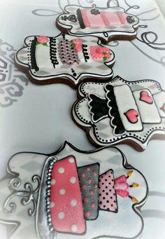 Wedding Cake Cookies -so cute! Sugar Cookie Royal Icing, Best Sugar Cookies, Fancy Cookies, Cookie Icing, Iced Cookies, Cute Cookies, Cookies Et Biscuits, Cupcake Cookies, Owl Cookies