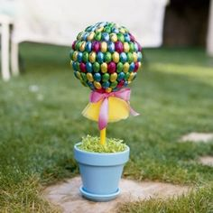 Easter Tree Topiary Centerpiece.  I've made this before. Be sure the bar is sturdy. The top can be top-heavy.