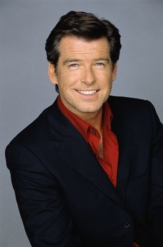Photo of Pierce Brosnan for fans of Pierce Brosnan 9651365 Hollywood Actor, Hollywood Celebrities, Pierce Brosnan 007, Beautiful Celebrities, Beautiful Men, Sexy Men, Hot Men, Celebrity Haircuts, James Bond Movies