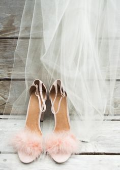 pink feather shoes | Photo by Lauren Ross | 100 Layer Cake
