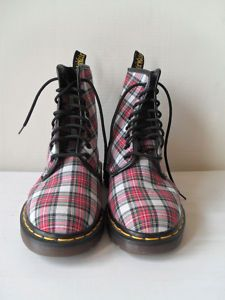 48aa58ee065b PLAID Doc Martens! I had these and matching flannel shirts. Really wish I  STILL