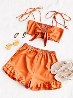 A site with wide selection of trendy fashion style women's clothing, especially swimwear in all kinds which costs at an affordable price. # Outfits shorts Shirred Back Tie Top and Ruffle Shorts Set Cute Summer Outfits, Holiday Outfits, Trendy Outfits, Cute Outfits, Teen Fashion, Fashion Outfits, Fashion Trends, Latest Fashion, Cheap Fashion