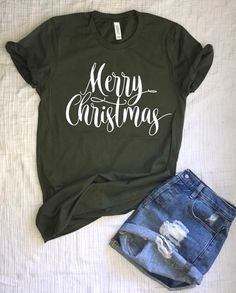 e09dcb1cb8 Christmas Tshirt for Women/Merry Christmas Tshirt/Holiday Shirt/Merry Xmas/Womens  Tshirt/Short Sleeve/Geen and Gold/Red and Gold