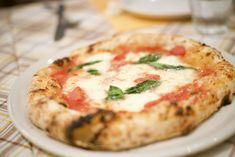 Pizzeria Bella Napoli a Tokyo - Garage Pizza Garage Pizza, Quiche, Tokyo, Breakfast, Places, Food, Morning Coffee, Tokyo Japan, Essen