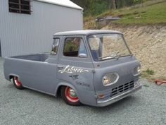 Sweet old Ford Econoline pickup...