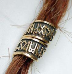 hair bead with runes Larp, Sansa Stark, Hair Beads, Norse Mythology, Dnd Characters, Character Aesthetic, Dragon Age, Skyrim, Dreads