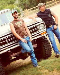 ☯☮✿✝ COUNTRY BOYS ★☯☮✝