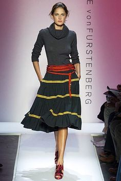See the complete Diane von Furstenberg Fall 2005 Ready-to-Wear collection.