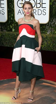 2016 Golden Globes Red Carpet - Olivia Palermo wore a dress by Delpozo - January… Estilo Olivia Palermo, Olivia Palermo Lookbook, Golden Globe Award, Golden Globes, Looks Chic, Fashion Mode, Red Carpet Looks, Red Carpet Fashion, Her Style