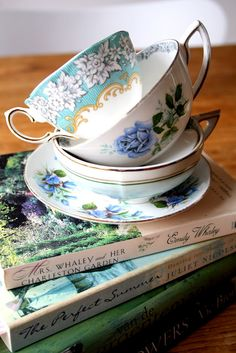 Tea & books, lovely